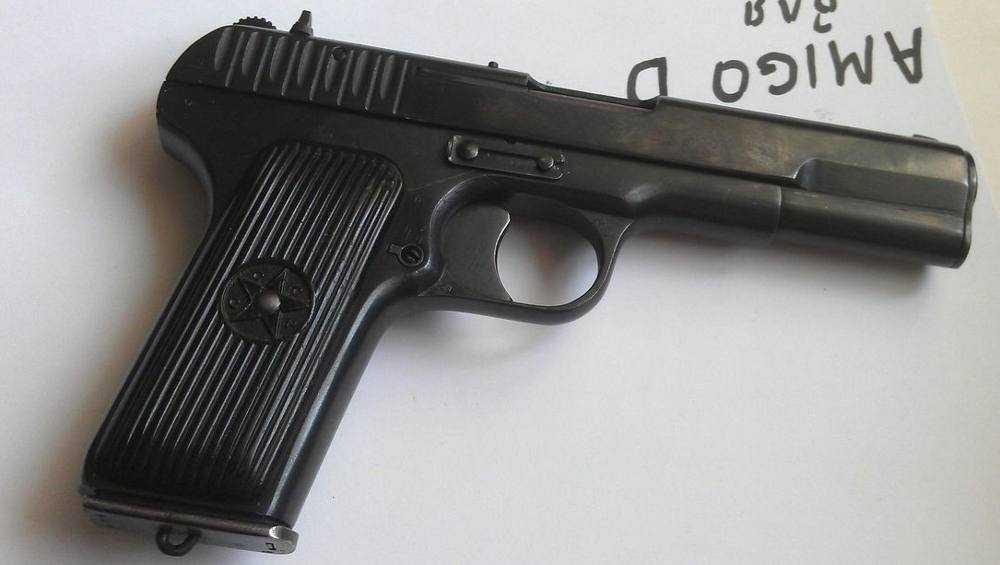 В Брянске задержали мотоциклиста с пистолетом