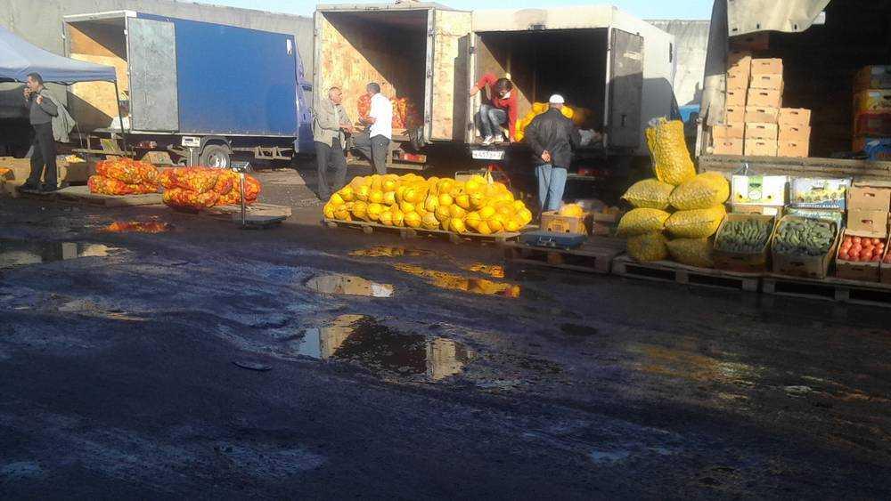Брянские торговцы поддержали азербайджанских бунтарей с овощного рынка