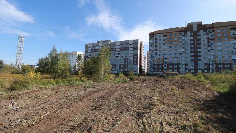 На улице Романа Брянского за 705,6 млн рублей построят новую школу