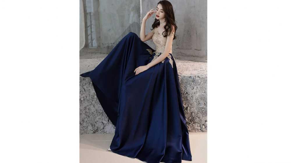 Идеальное вечернее платье в сезоне 2020-2021: советы и модные тренды