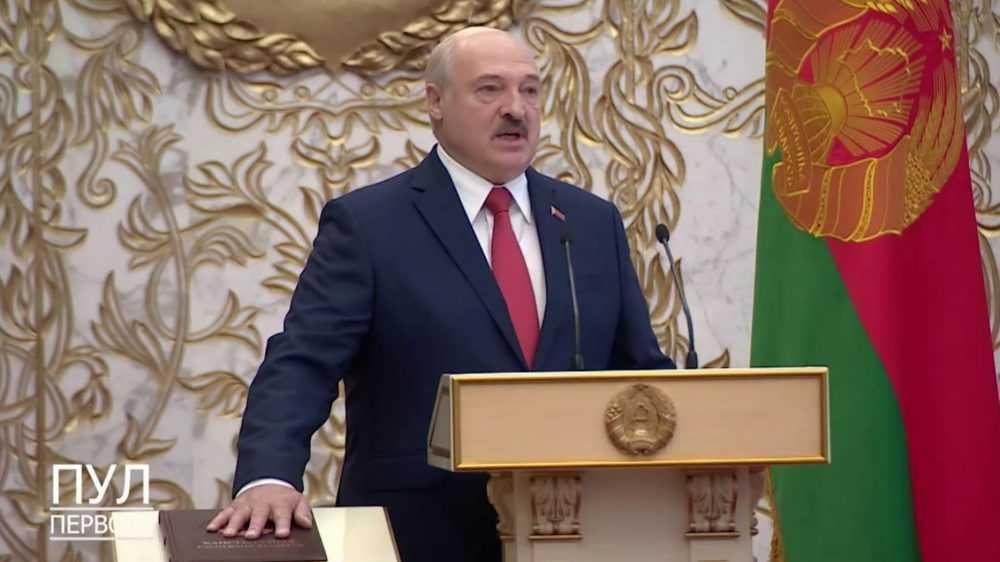 Apple встала на сторону Лукашенко