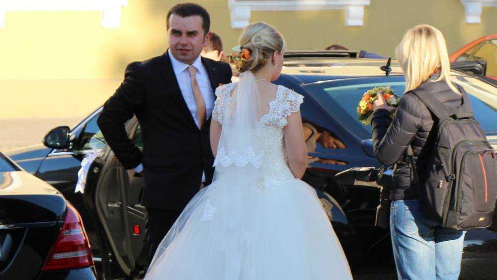 В Брянске 12 сентября произошел свадебный бум