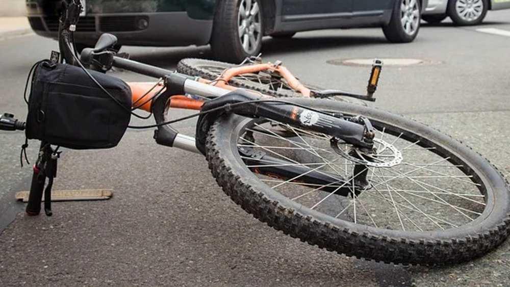 В Стародубе автомобилистка покалечила 80-летнего велосипедиста