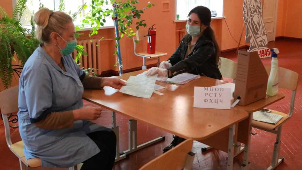 В Брянске за первый день проголосовали 43 тысячи человек