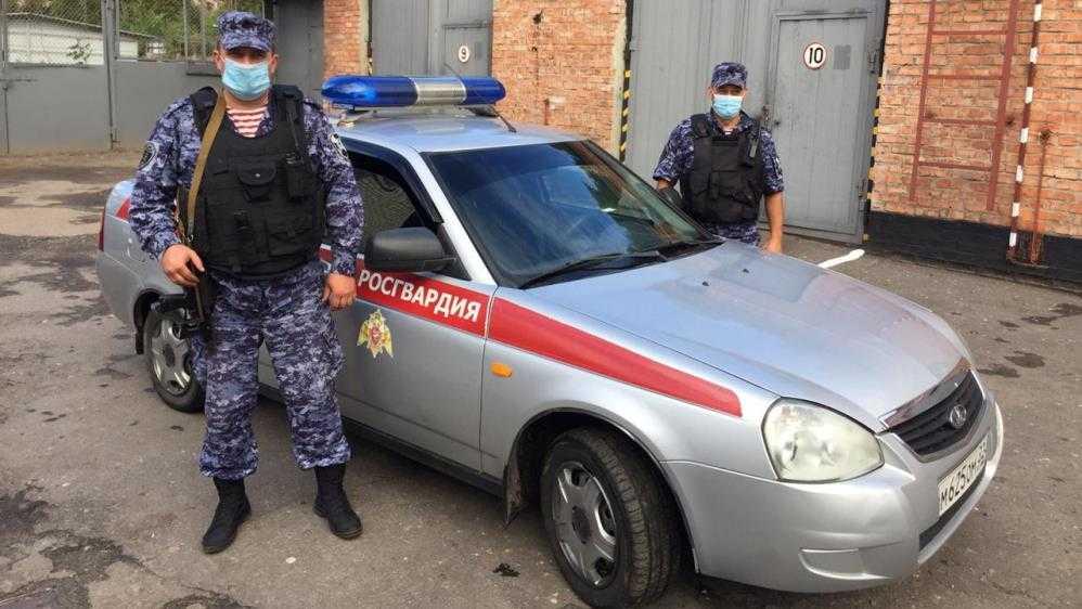 Жители Брянской области потребовали передать охрану школ Росгвардии