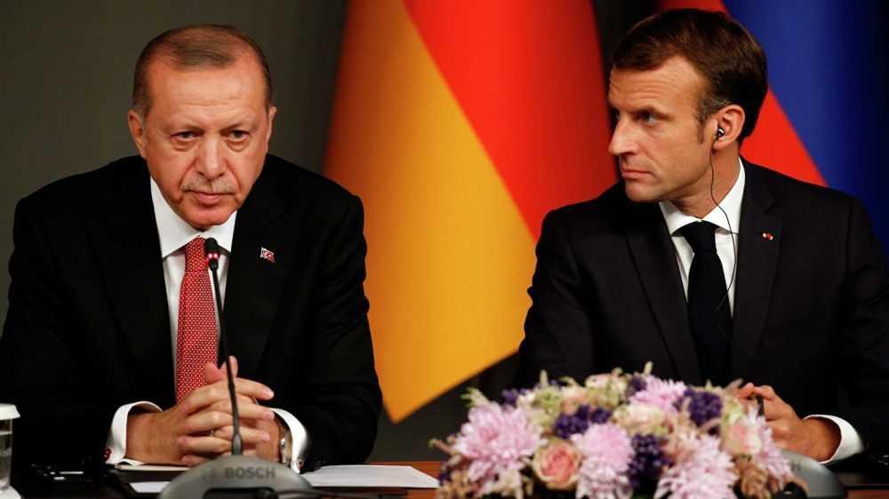 Как Макрон с Эрдоганом поссорились