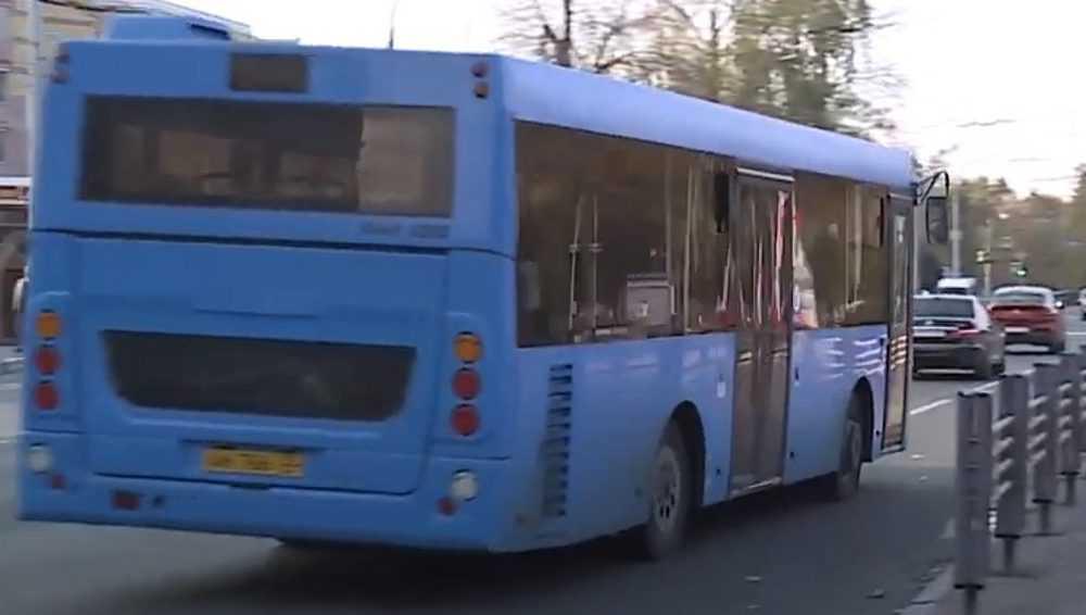 В Брянске в июле отменят пять дублирующих рейсы автобусы маршруток