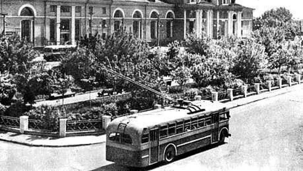 Горожан попросили дополнить историю брянского троллейбуса