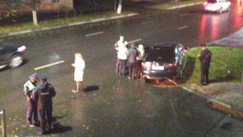 В Брянске госпитализировали сбившего женщину с ребёнком водителя