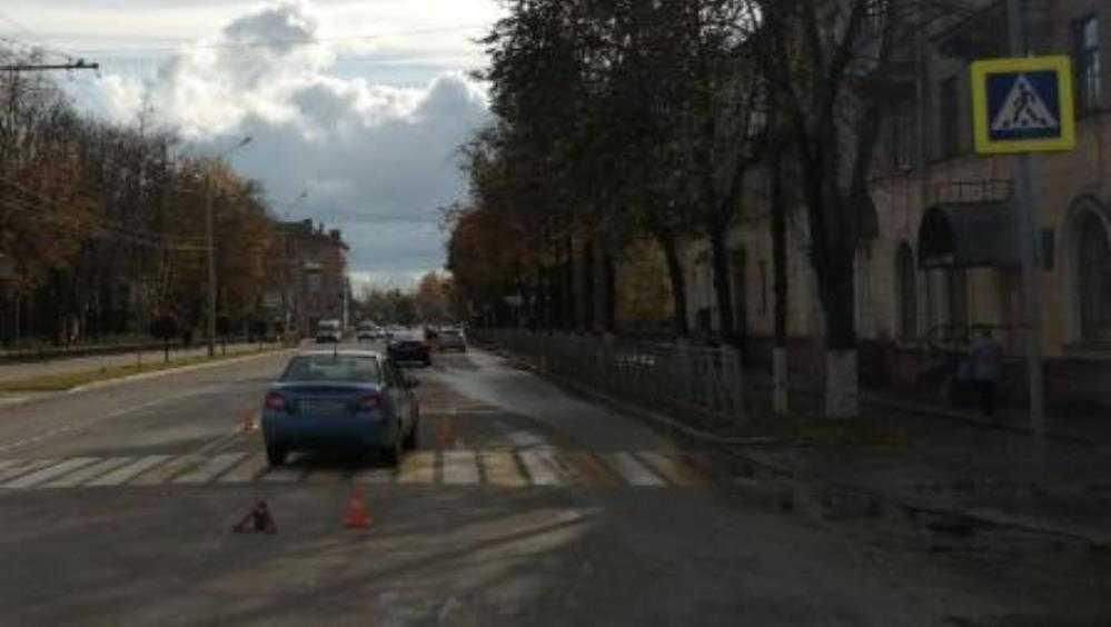 В Брянске автомобилистка на «зебре» покалечила 42-летнюю женщину