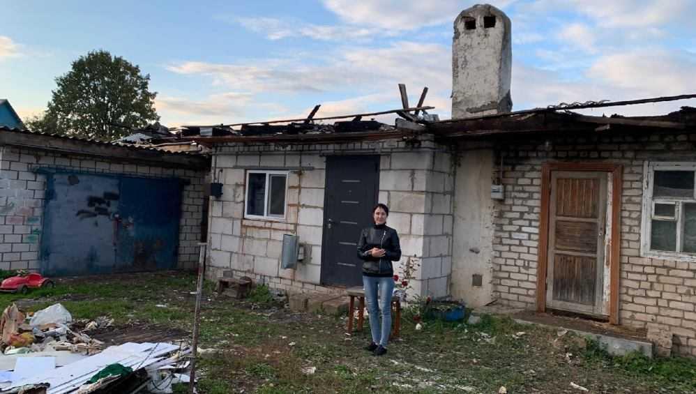 Житель Новозыбкова ранил топором ребёнка и сжёг дом многодетной семьи
