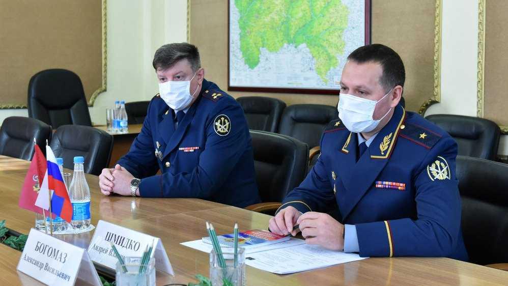 Брянскому губернатору представили нового главу УФСИН Герасимова