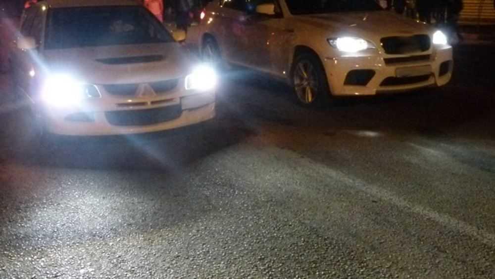 В Почепе отремонтированную дорогу лихачи превратили в гоночную трассу
