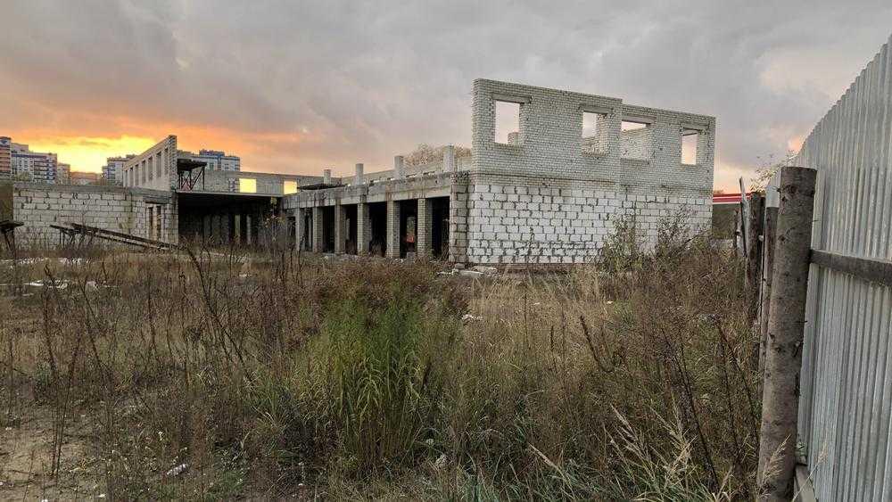 Ни земли, ни вокзала, но много коррупции: Брянск забыл важную стройку