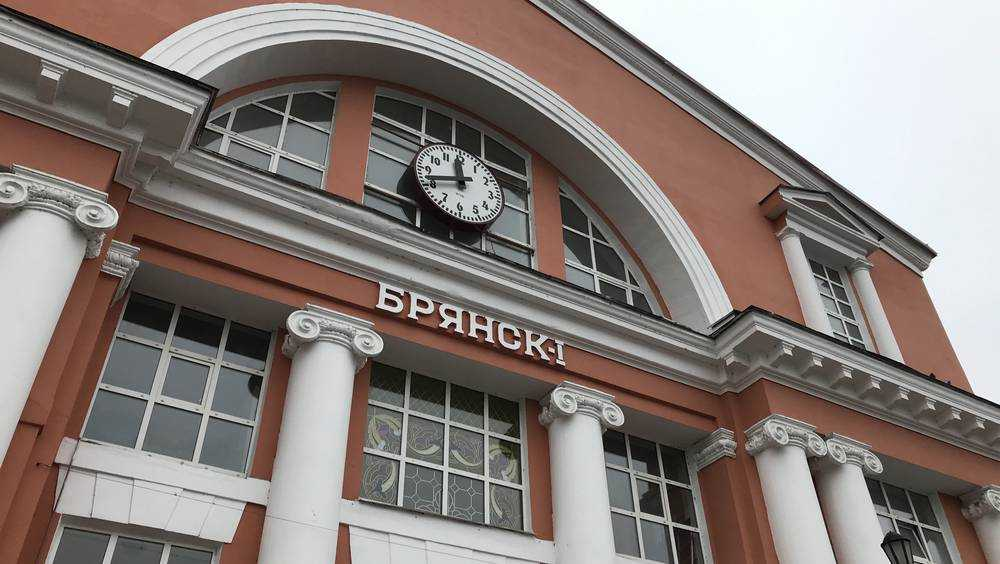 Дополнительные пассажирские поезда свяжут Брянскую область с Москвой и Санкт-Петербургом в период майских праздников