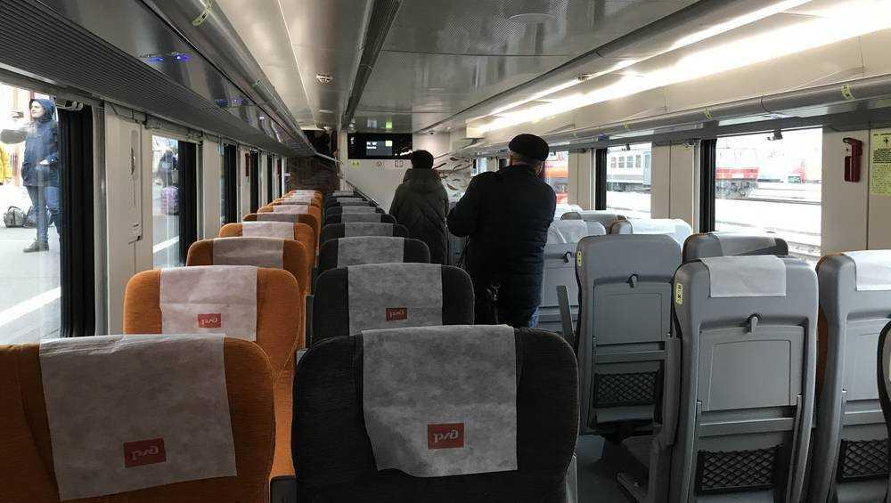 В период майских выходных «дальние» поезда между Москвой и Брянской областью перевезли свыше 80 тыс. пассажиров
