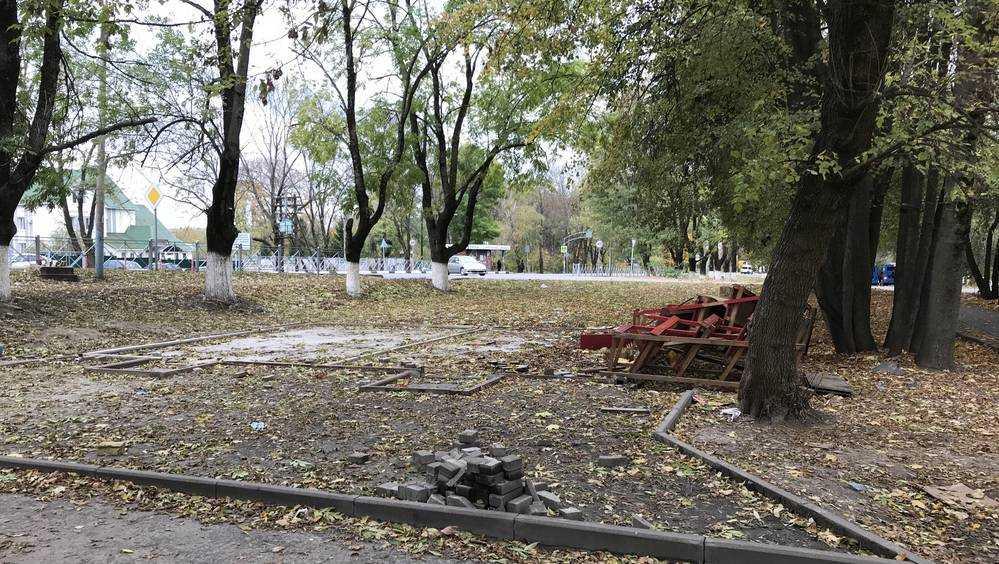 В Брянске снесли овощной киоск самого доверчивого азербайджанца