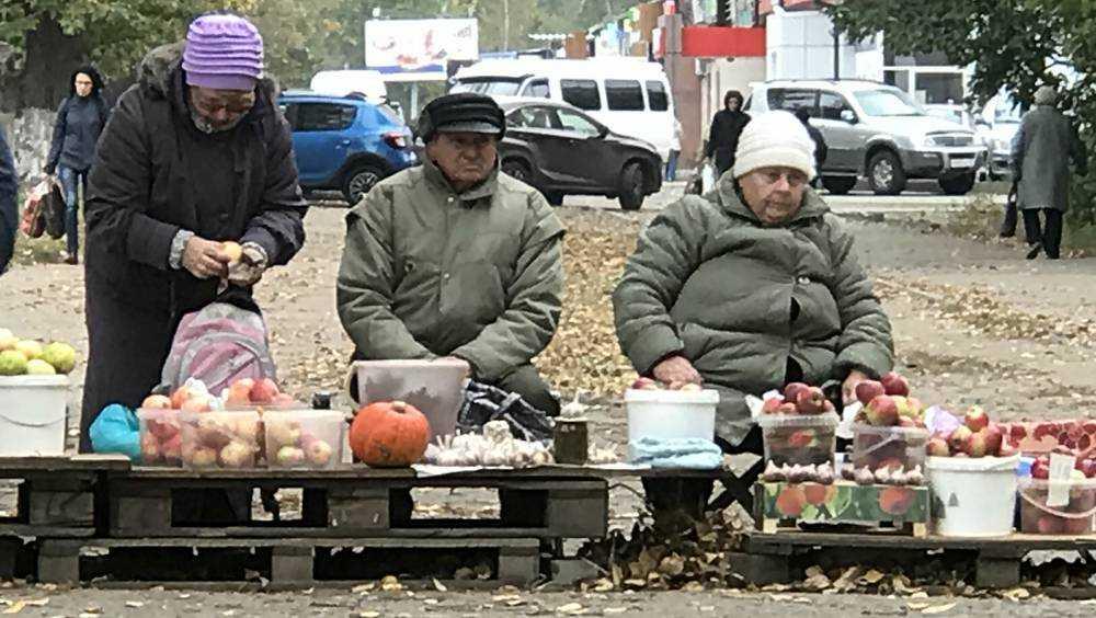 В Брянской области продуктовые рынки потеряли покупателей из-за супермаркетов