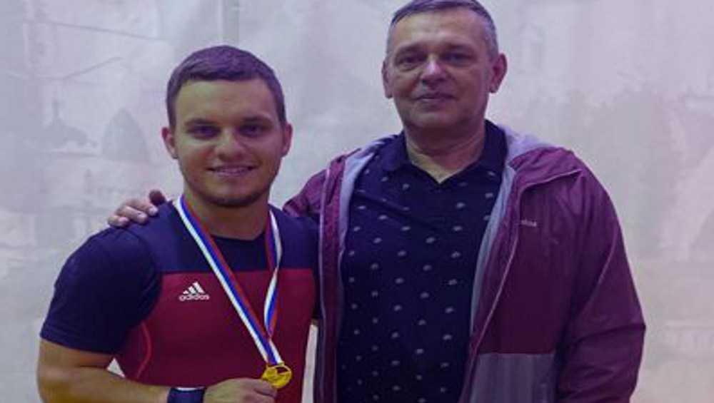 Брянский тяжелоатлет Кирилл Красный стал чемпионом России в толчке штанги