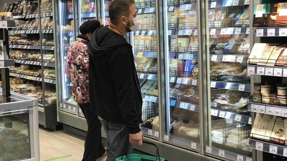 В Брянске новый магазин здорового питания усилил меры безопасности