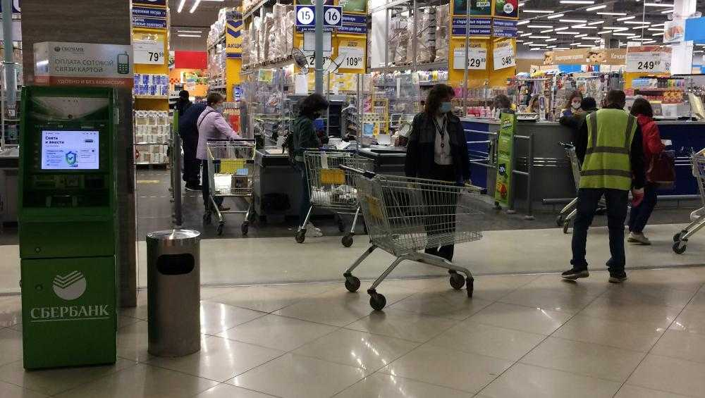 В Брянске за день выписали 16 протоколов за нарушения масочного режима
