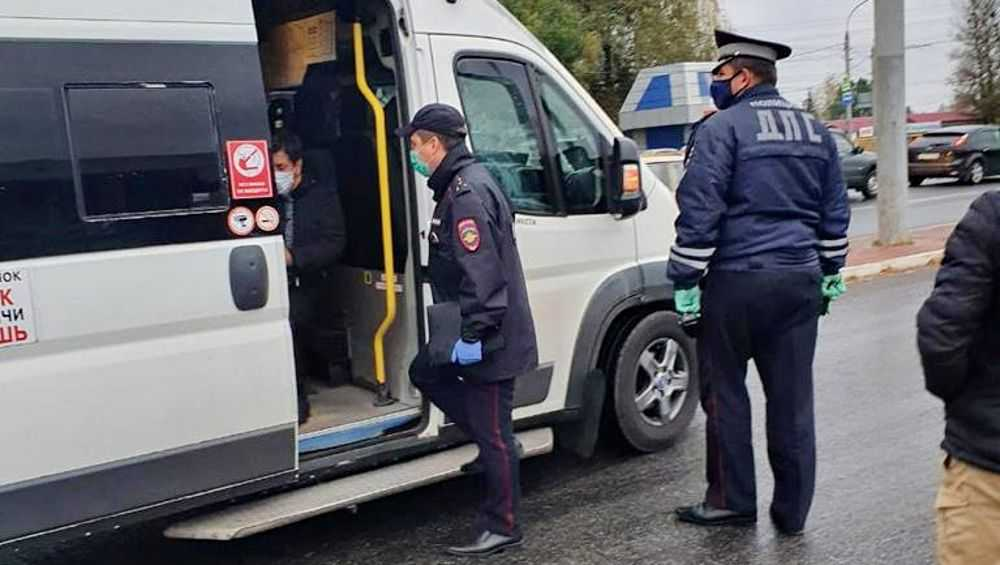 В брянских маршрутках выросло число пассажиров без масок