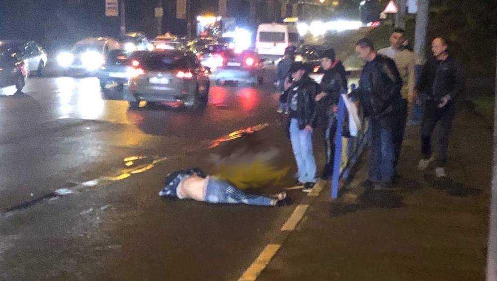 В Брянске легковушка сбила вышедшего на дорогу пешехода