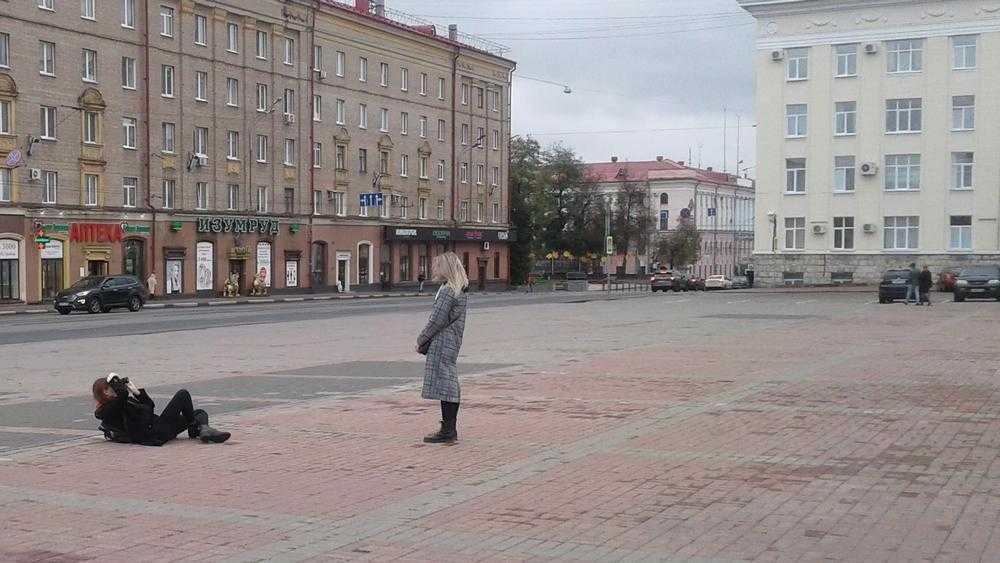 «Я себя под Лениным чищу»: в Брянске вождь стал гранитной декорацией