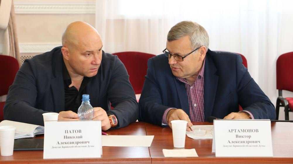Бывшего главу Брянска Патова допросили по делу о выводе 63 млрд рублей
