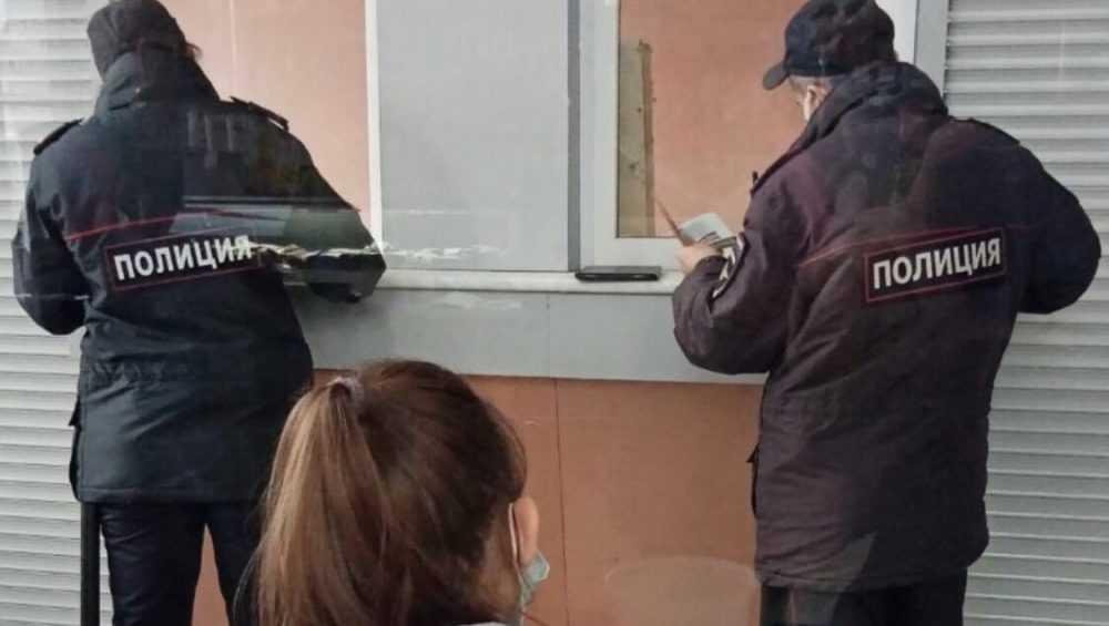 На брянском автовокзале стали штрафовать пассажиров без масок