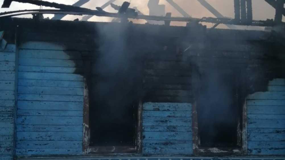 В Красной Горе Брянской области при пожаре в доме пострадал человек