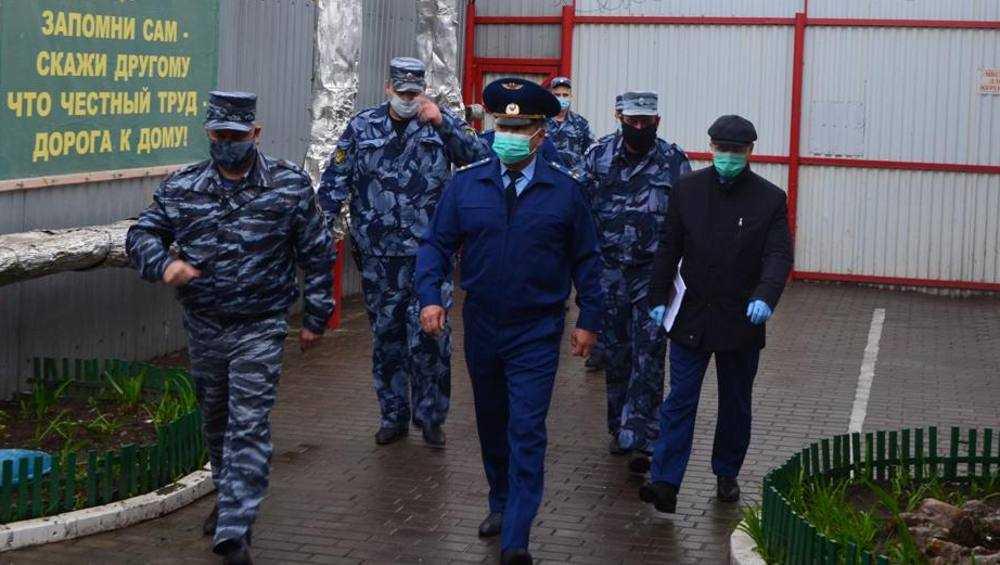 В клинцовской колонии прокурор выявил нарушения