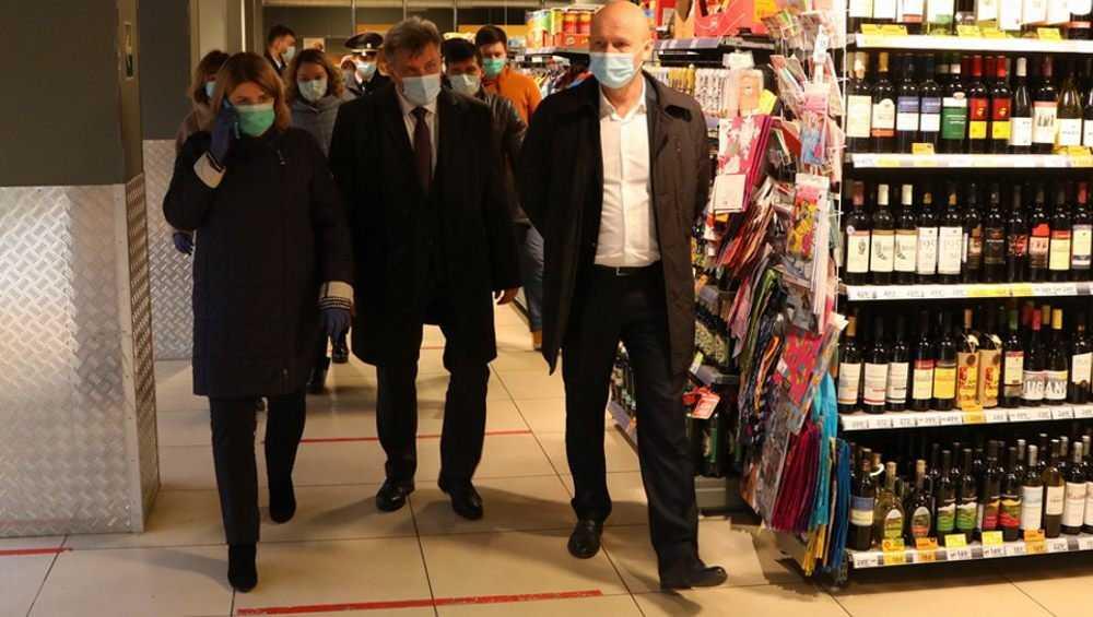 В Брянске немногие торговцы пренебрегли соблюдением масочного режима