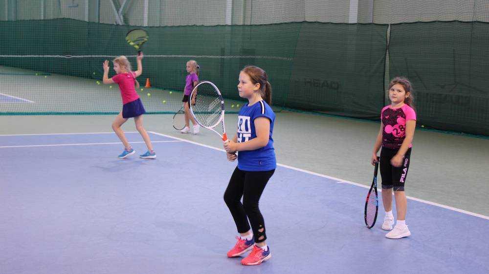 Для брянских детей теннисный центр стал школой дисциплины и воли