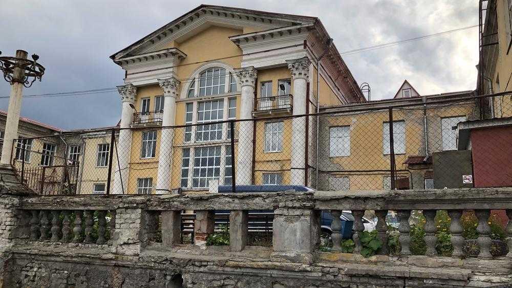 В Брянске приступят к капитальному ремонту Театра юного зрителя