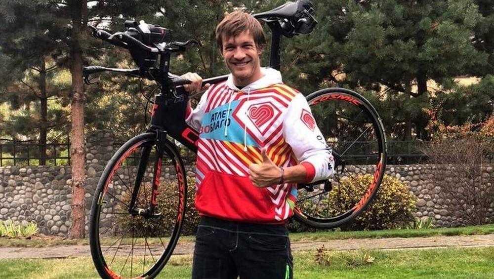 Брянец Владимир Вольпер станет «атлетом во благо» на триатлоне в Сочи