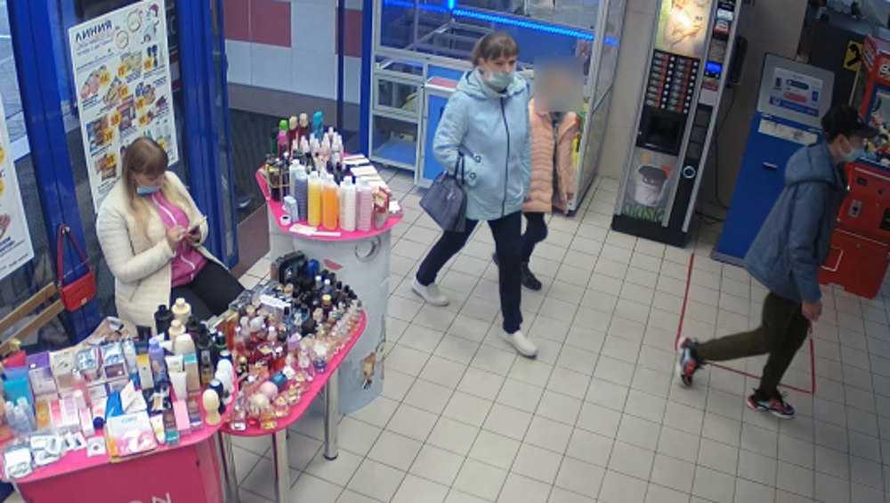 В Брянске начали розыск женщины за сбыт фальшивки в «Линии»