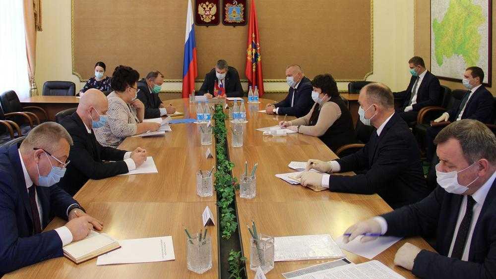 Два заместителя брянского губернатора излечились от коронавируса