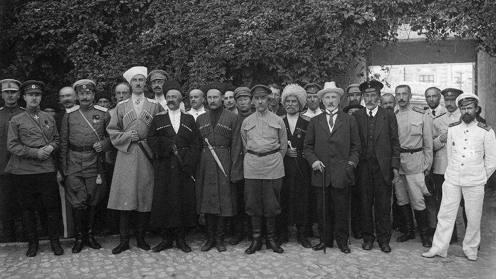 «Бабкины внуки» записали песню об исходе Русской армии из Крыма в 1920 году