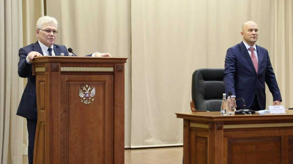 Экс-председателя Брянского облсуда представили в Калининграде
