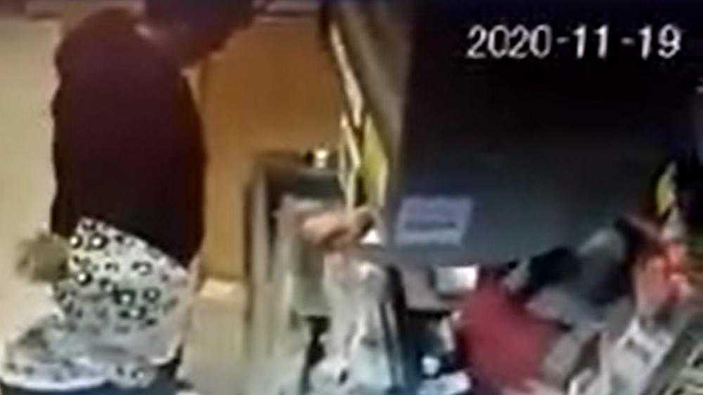 В Брянске в магазине «Гранат» фокусник ловко обманул кассира
