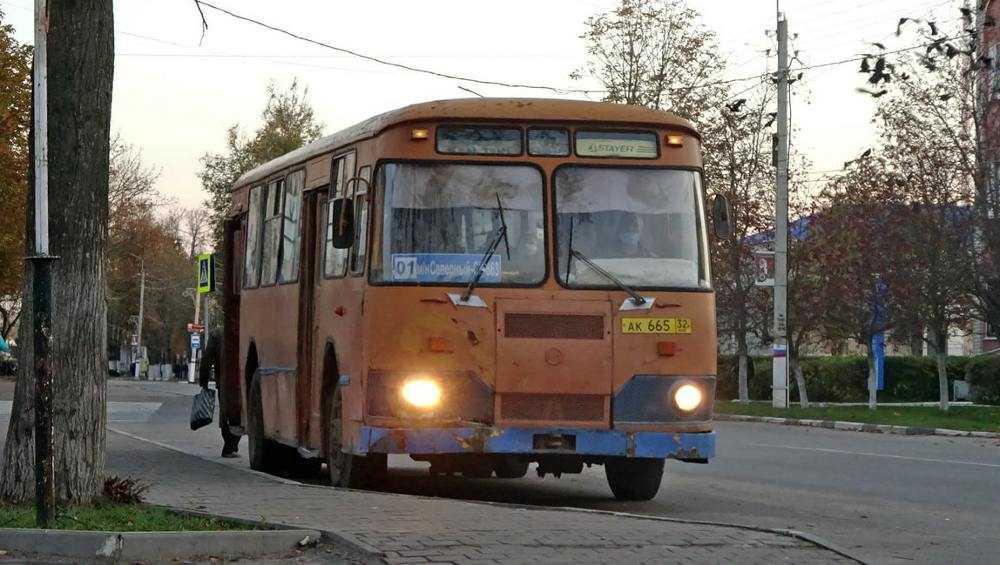 В Унече нашли последний работающий на маршруте автобус ЛиАЗ-677М