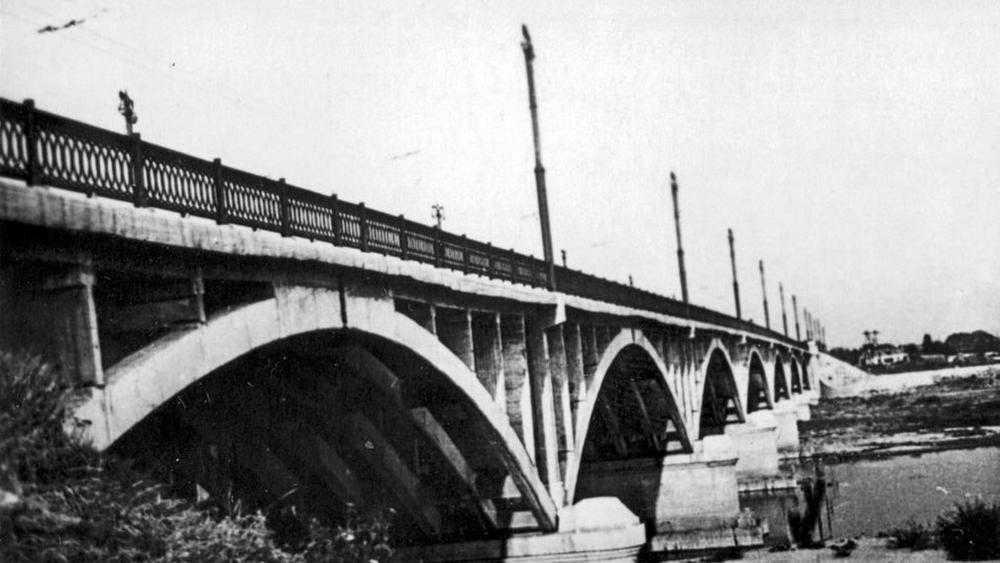В Брянске рассказали об открытии 60 лет назад Октябрьского моста