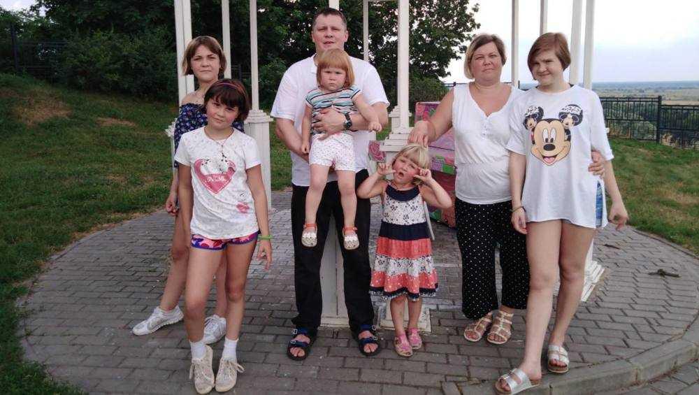 В Брянске почётный знак славы получат восемь многодетных матерей