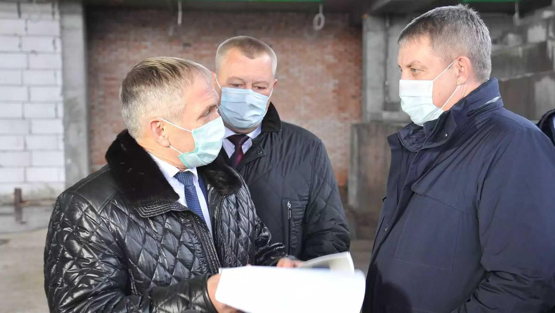 Брянский губернатор: из строительства ушли прожекты и пустые обещания