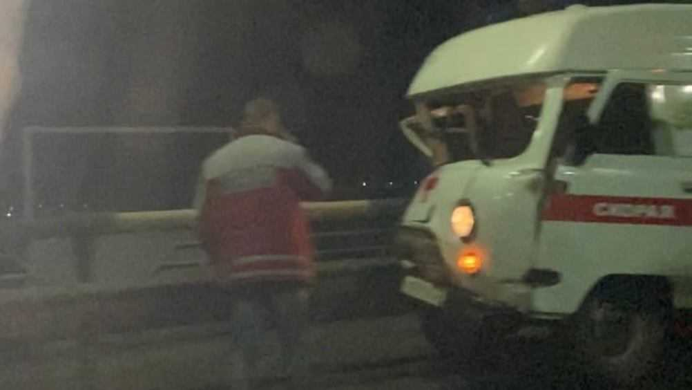 В Брянске машина скорой помощи попала в ДТП на мосту