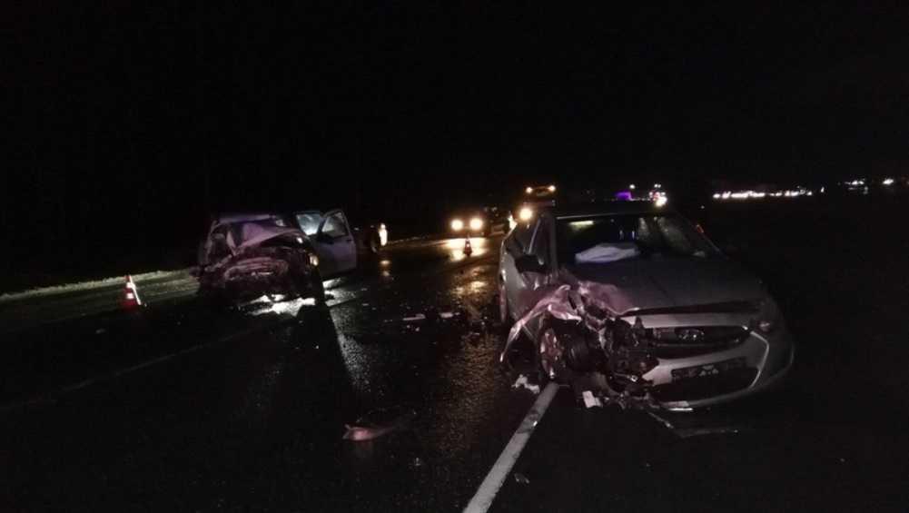 Под Брянском в ДТП с 3 автомобилями пострадали два человека