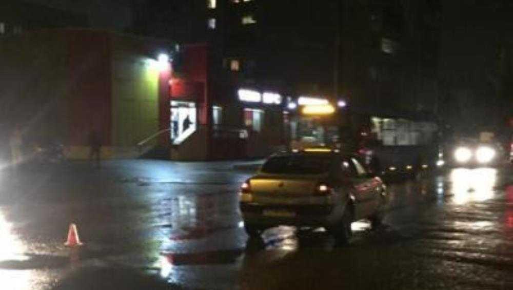В Брянске водитель Renault сбил насмерть 59-летнего пешехода