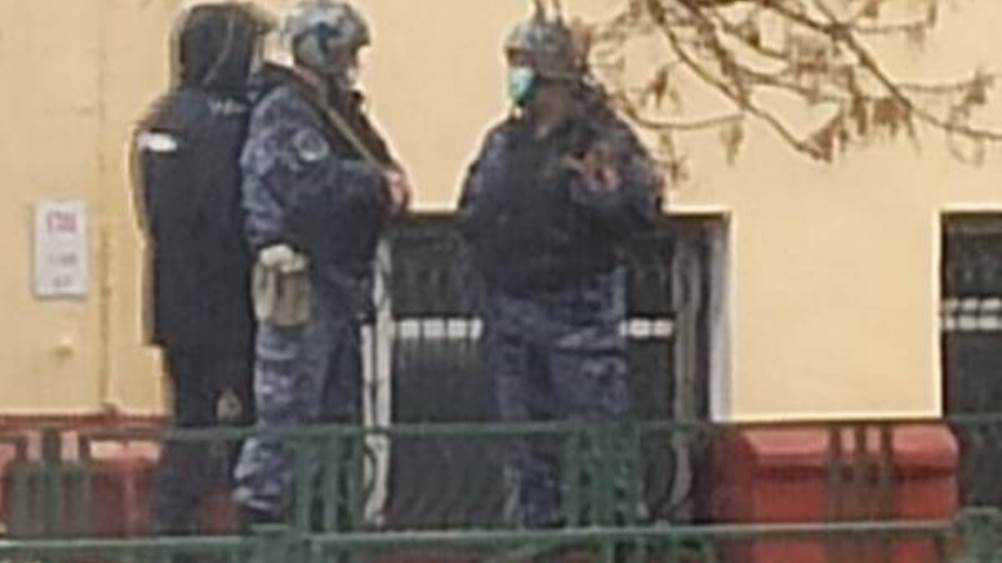 В Брянске эвакуировали студентов «заминированного» вуза