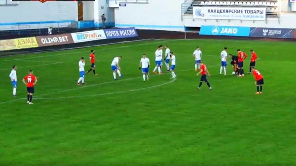 Брянское «Динамо» проиграло на своем поле со счетом 2:5